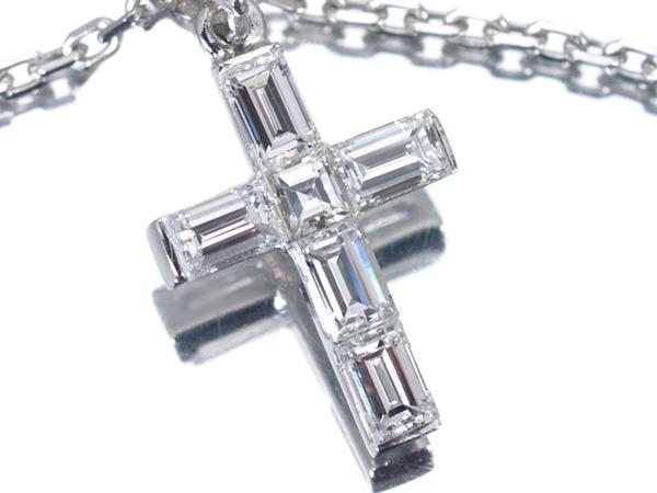 ブシュロン クロス ダイヤモンド K18 ネックレス
