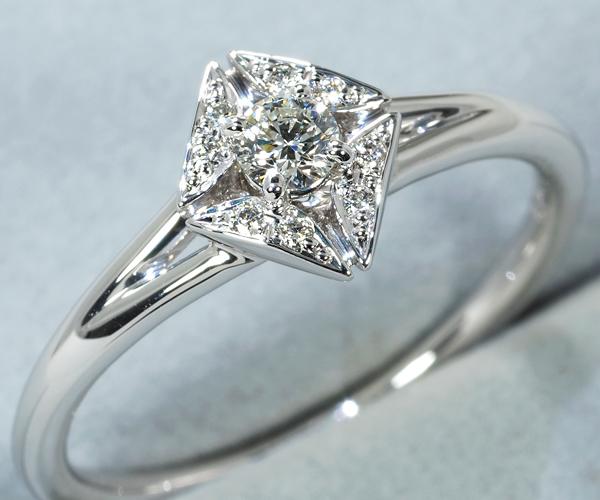 フォーエバーマーク リング ダイヤモンド 0.15ct/0.03ct エターナル 17号 Pt900