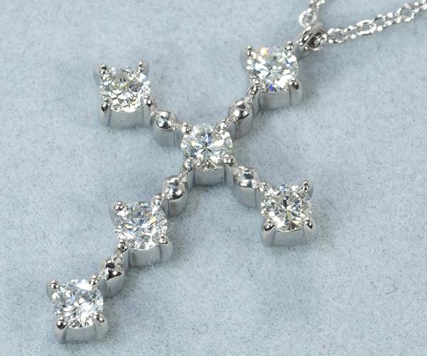 ヴァンドーム ネックレス ダイヤモンド 0.38ct クロス Pt900/Pt850