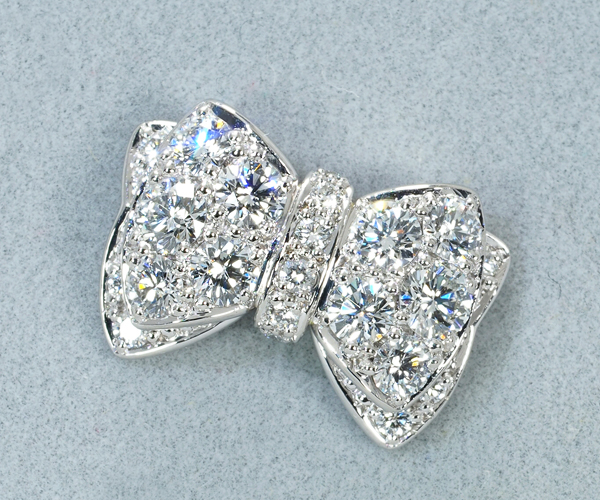 ギメル ブローチ ダイヤモンド 0.506ct パヴェ リボン Pt950