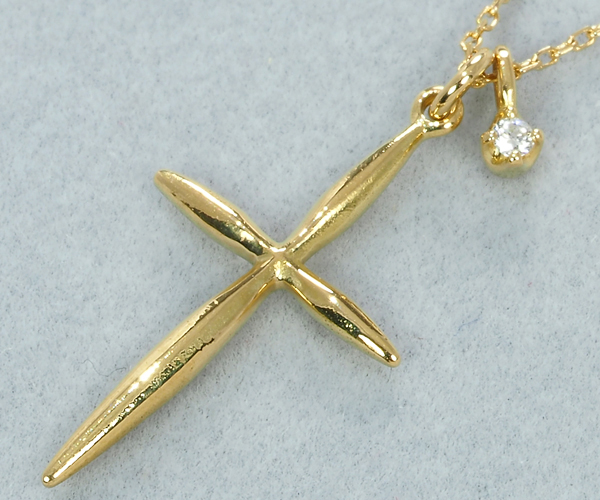 アーカー ネックレス ダイヤモンド クロス K18YG