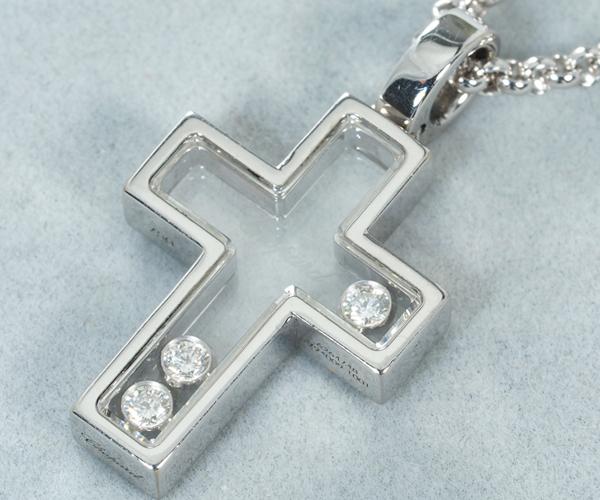 ショパール ネックレス ハッピーダイヤモンド 3P クロス K18WG