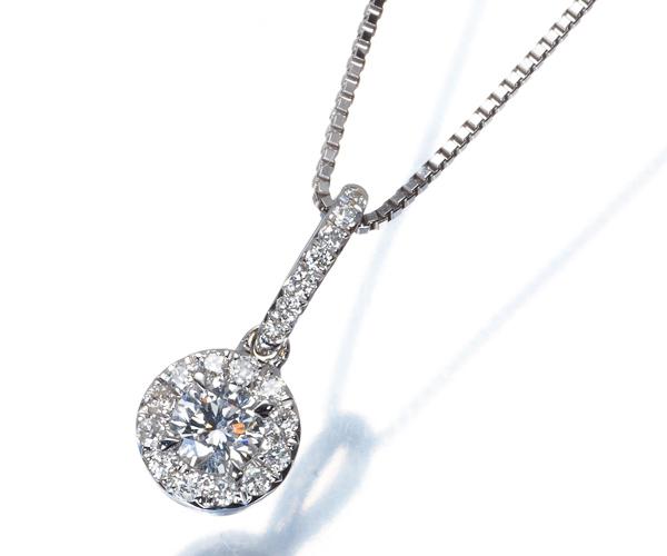 フォーエバーマーク ネックレス ダイヤモンド 0.170ct/0.10ct K18YG/WG