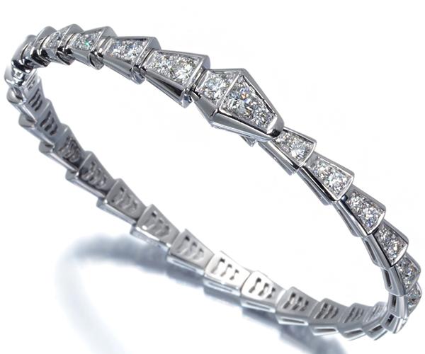 ブルガリ ブレスレット ダイヤモンド セルぺンティ フル バングル S刻印 K18WG