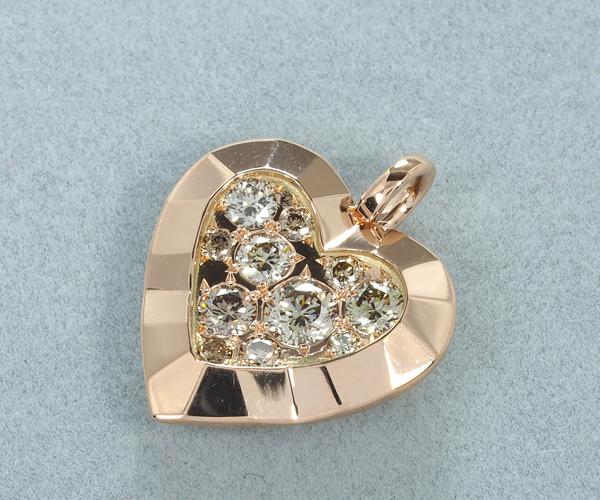 カシケイ ペンダントトップ ダイヤモンド 0.35ct モティーフ ハート K18PG