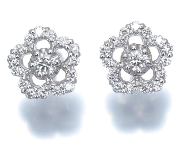 ポンテヴェキオ ピアス ダイヤモンド 0.12ct/0.12ct フラワー K18WG