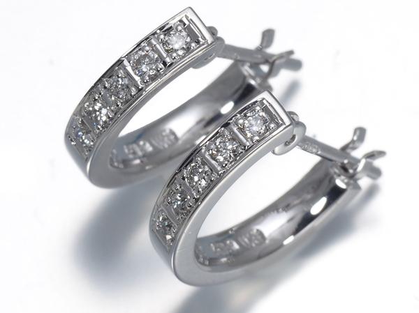 4℃ ヨンドシー ピアス ダイヤ ダイヤモンド K18WG