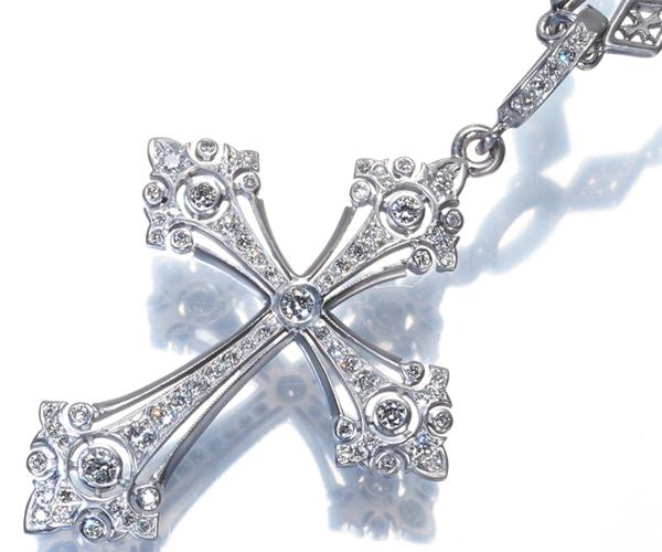 ローリーロドキン ネックレス ダイヤモンド ファンシーゴシッククロス K18WG