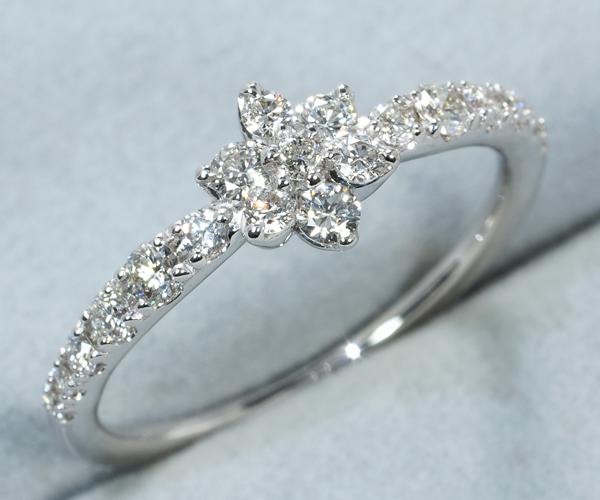 ポンテヴェキオ リング ダイヤモンド 0.30ct フラワー 9号 K18WG