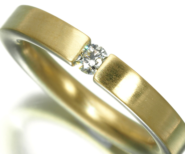 ニーシング リング ダイヤモンド 0.100ct テンションセッティング 9.5号 K18YG
