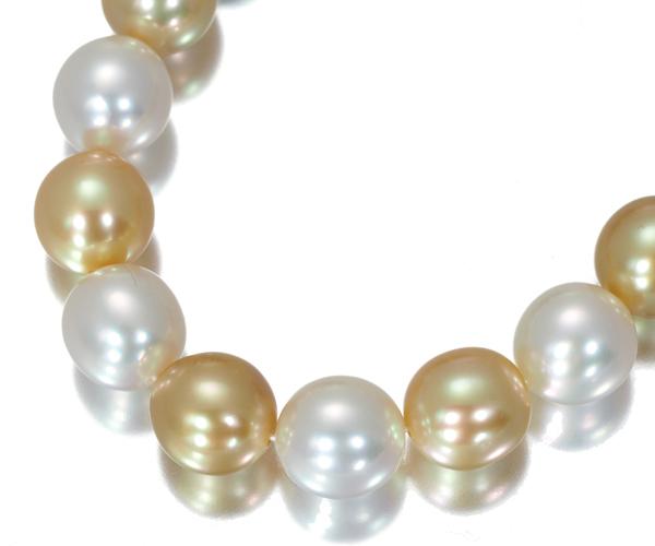 TASAKI タサキ ネックレス 白蝶真珠 黒蝶真珠 ゴールデンパール 7.0-8.0mm ダイヤモンド K18WG