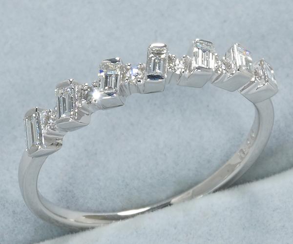 ベーネベーネ リング ダイヤモンド 0.30ct 13号 K18WG