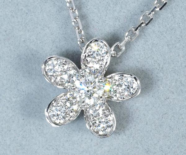 ヴァンクリーフ&アーペル ネックレス ダイヤモンド ソクラテス 1フラワー K18WG