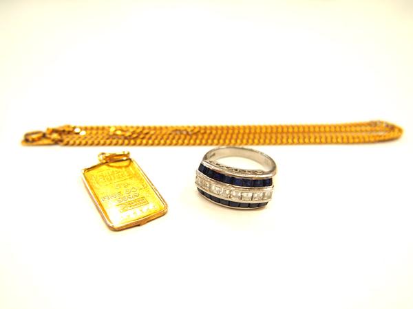 24金ペンダントトップ・18金ネックレス・プラチナ900サファイア 1.55ct、ダイヤ 0.79ct リング