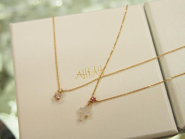 AHKAH  ダイヤモンド クロス ネックレス