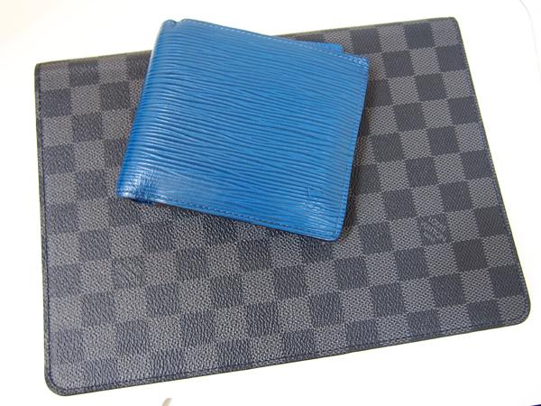 LOUIS VUITTON  iPadケース お財布