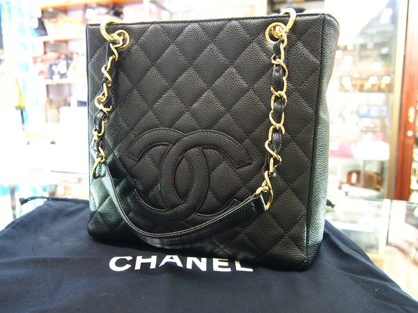 CHANEL  チェーンバッグ