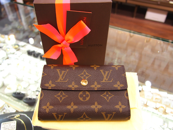 Louis Vuitton モノグラム 財布