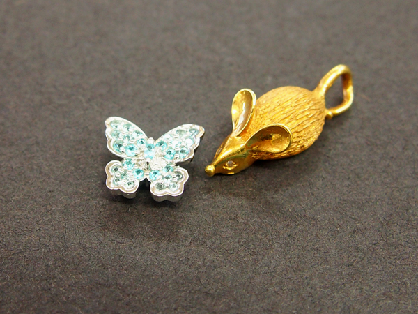 K18 ダイヤモンド 色石 蝶々 ネズミ ペンダントッド