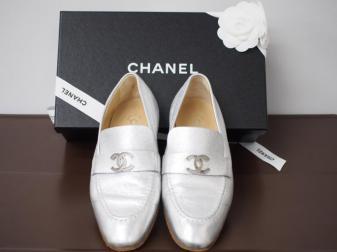 シャネル 靴 シルバー パンプス