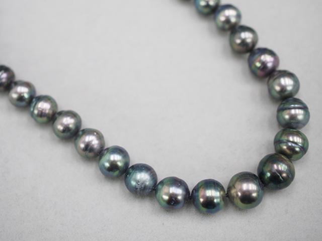 タサキ ネックレス K18WG 55.2g 黒蝶真珠 8.7-11.0mm珠ダイヤ 0.08ct
