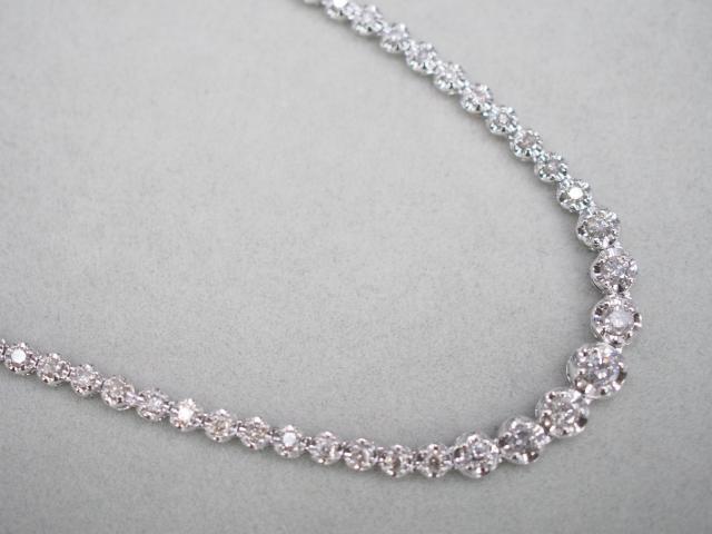 ネックレス K18WG 9.9g ダイヤ 3.00ct