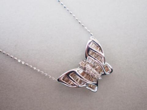 ネックレス K18WG 4.3g ダイヤ バタフライ アニマル