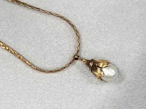 ネックレス K18YG 27.5g 白蝶真珠 ダイヤ ※トップ金性無しX線済み