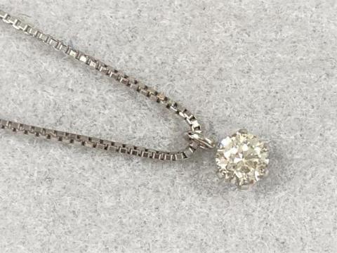 ネックレス Pt900/Pt850 1.6g ダイヤ 0.10ct 一粒