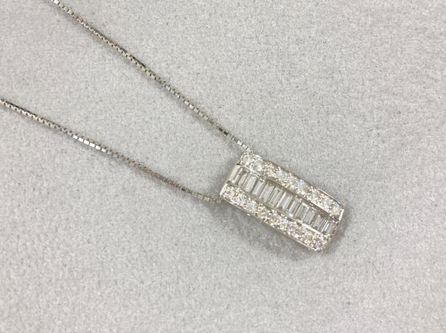 ネックレス K18WG 3.8g ダイヤ 0.50ct