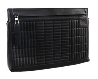 ロエベ クラッチバッグ アナグラム ブロック調  レザー ブラック 30,000円