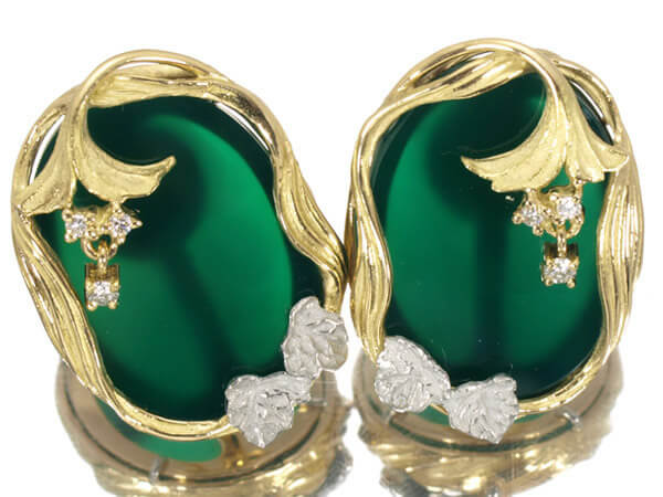 アズタイム 百合 メノウ ダイヤモンド K18 プラチナ イヤリング 58,000円