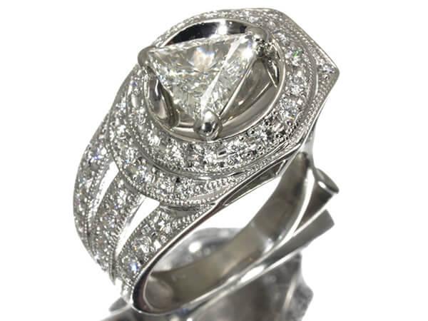 トリリアント ダイヤモンド 1.087ct リング Pt900 250,000円