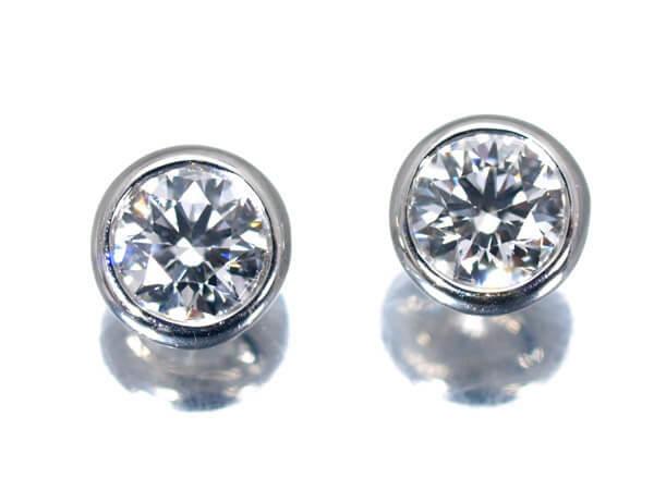 ダイヤもdの0.20カラット、プラチナ950ピアス×2の場合 100,000円