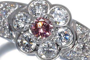 メレダイヤ、カラーダイヤ、色石の買取価格は違う?!買取に出すポイントまとめ