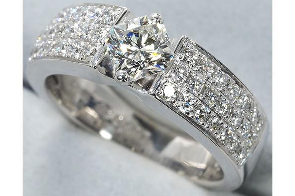 ダイヤモンドの性質・歴史・価値の理由まとめてみました